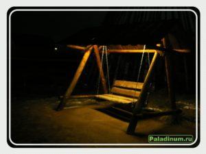 Этномир. Январь 2018. Качели в чистом поле в ночное время подсвечены!